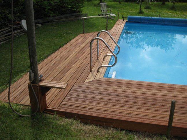 Swimming Pool Umrandung aus Tali-Holz | Holz Böhme